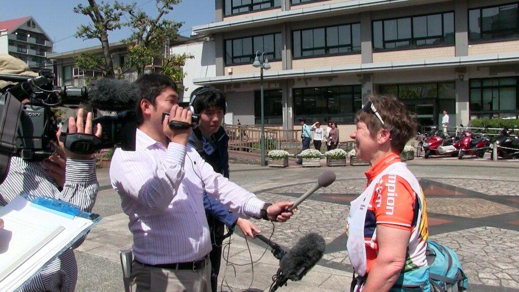 peace-cycling